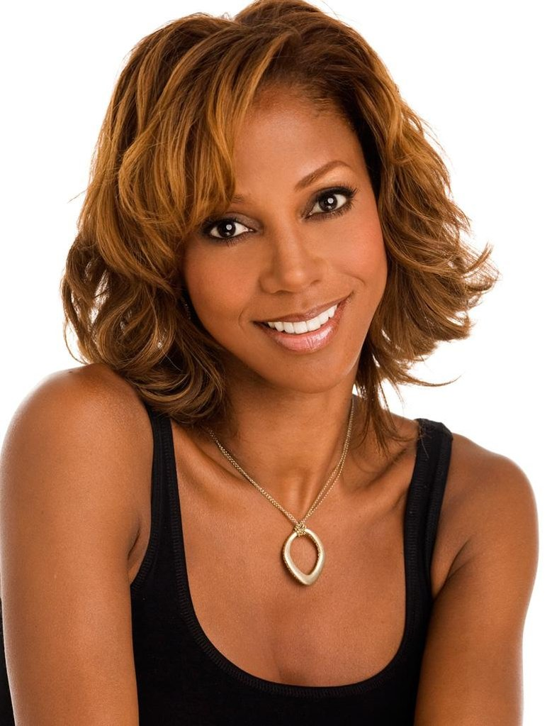 INTERVIEW: Erica Diamond Goes One-On-One with Actress Holly Robinson Peete